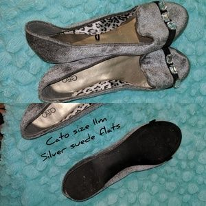 Silver flats with accents